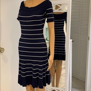 Bcbgmaxazria sexy off & on shoulder Cruise dress.